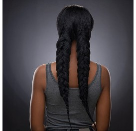 'Good hair days make me feel like I can rule the world' 💪 #Zhymma #goodhairdays #differentthin #braids #braidweave #braidedwig #braidwigs #wigs #powerfulwomen #pigtails